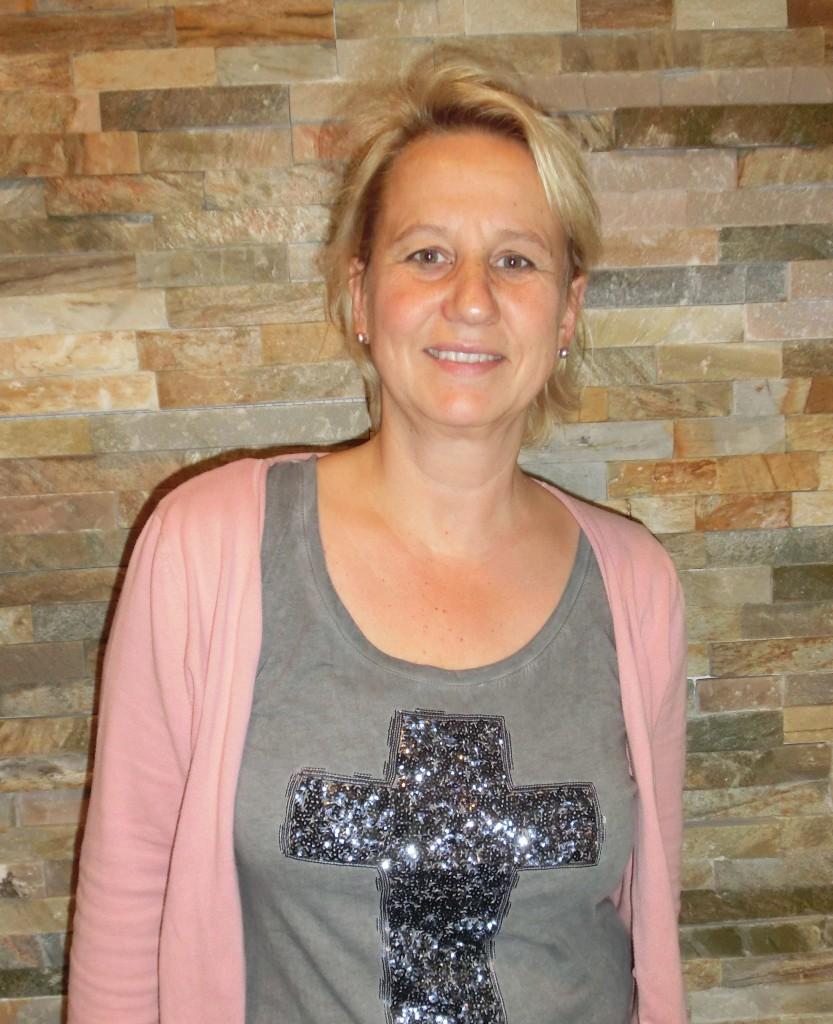 130 Christine Möller BalanceX gesund Abnehmen Gewicht verlieren Fett verbrennen Abnehmen ohne Hunger ohne Diät Fettverbrennungstraining Wohlfühlen Schlank werden zu dick Straffen Achim Bremen Verden