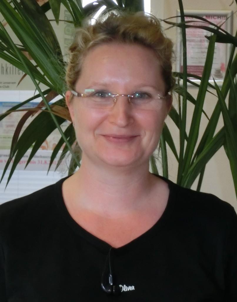 58 Nicole Seydler-Malinowski BalanceX gesund Abnehmen Gewicht verlieren Fett verbrennen Abnehmen ohne Hunger ohne Diät Fettverbrennungstraining Schlank werden zu dick Straffen Achim Bremen Verden