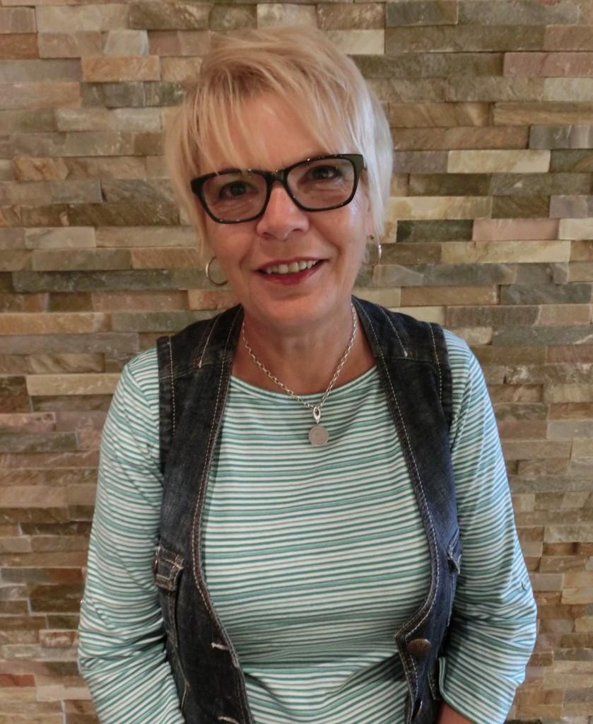 70 Heidi Dürkoop BalanceX gesund Abnehmen Gewicht verlieren Fett verbrennen Abnehmen ohne Hunger ohne Diät Fettverbrennungstraining Wohlfühlen Schlank werden zu dick Straffen Achim Bremen Verden